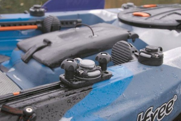 base-borika-fasten-ffr222b-negro-montaje-en-rail-c-shaped-track